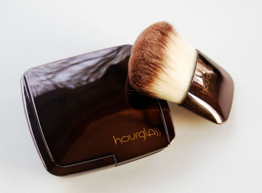 Hourglass Compact and Brush